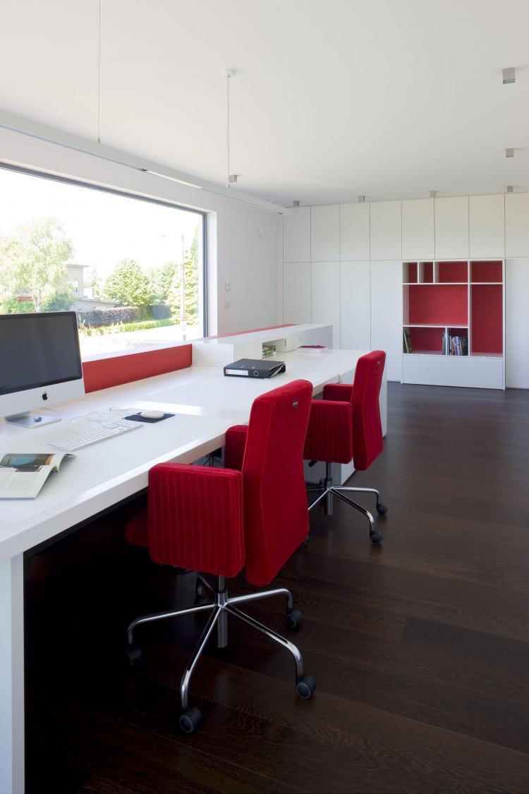 interieur_kantoor_thuisbureau_maatmeubilair_bureautafel