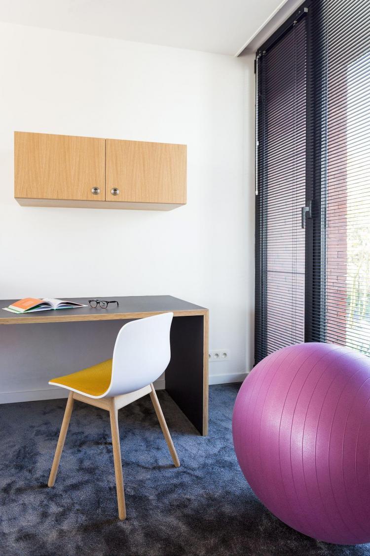 interieur_kantoor_thuisbureau_bureautablet_maatwerk_meubellino