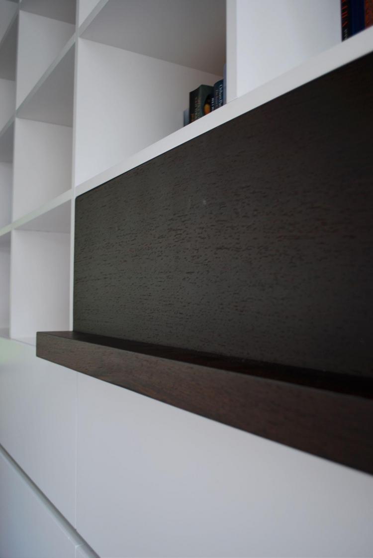 interieur_leefruimte_boekenkast_maatmeubel_detail
