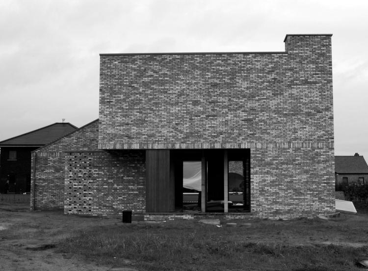 nieuwbouw_woning_voorgevel_schoorsteen