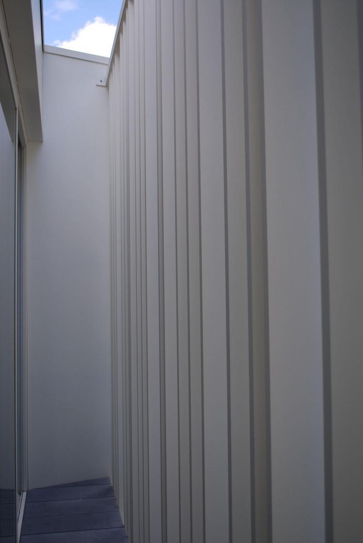 renovatie_woning_vaart_lamellenwand_kokerprofielen_aluminium