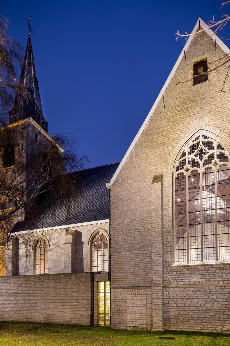 restauratie_kerk_hove_glasraamrestauratie_exterieur
